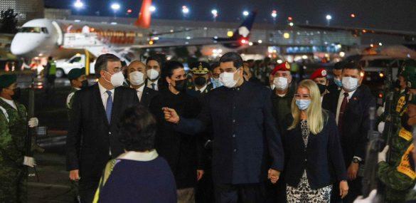 Maduro llega a México de último momento: Lo recibe Ebrard